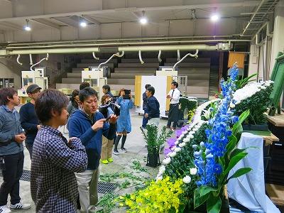 岐阜市場にて生花祭壇講習③